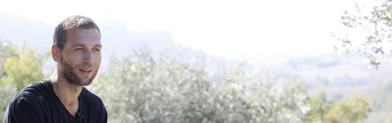恵まれた土壌条件と太陽のめぐみアッシジの大地の底力が味わえるオイル